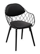 Кресло с металлическим каркасом и мягкой обивкой Вики Domini чёрный